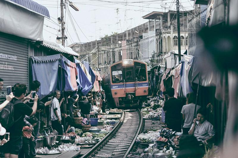 นั่งรถไฟเที่ยว
