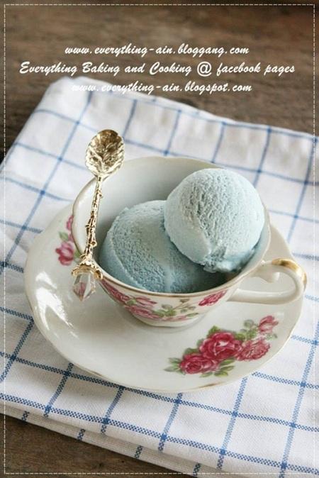 ไอศกรีมอัญชัน