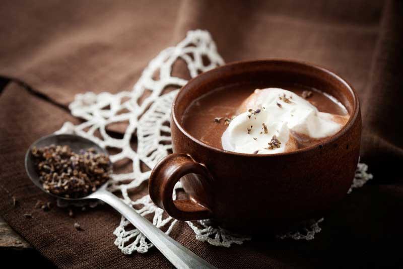 ฮอตช็อกโกแลตโฟลต (Hot Chocolate Floats)