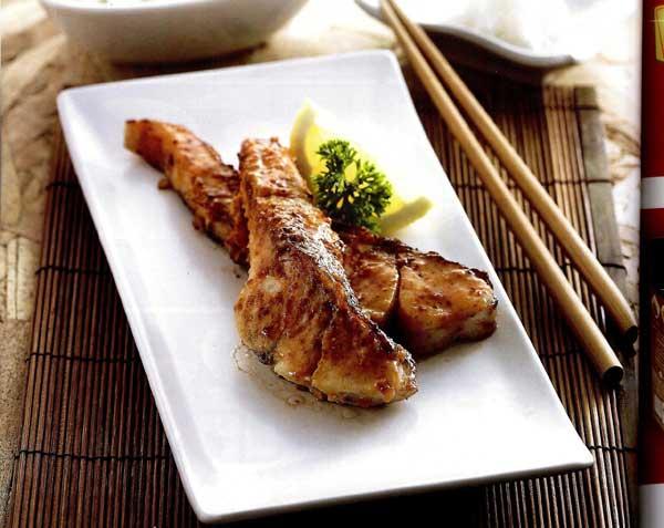 ปลากะพงย่างซอสมิโซะ