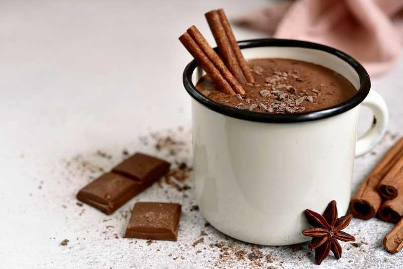 ช็อกโกแลตร้อนผสมเครื่องเทศ (Spicy Hot Chocolate Mocha)