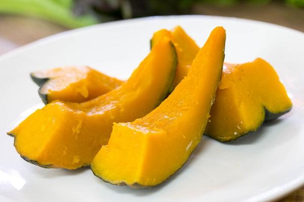 ขนมไทยสีเหลือง