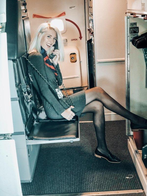 ส่องแอร์โฮสเตสจากสายการบินทั่วโลก ที่ถูกแชร์บนโซเชียล