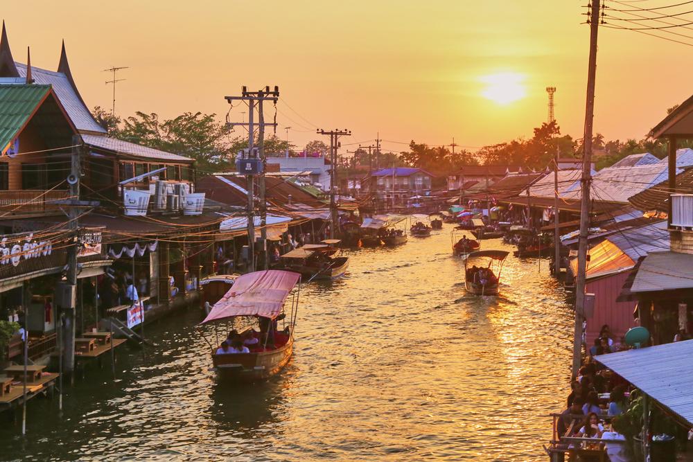 ที่เที่ยวไทย ปลดล็อก