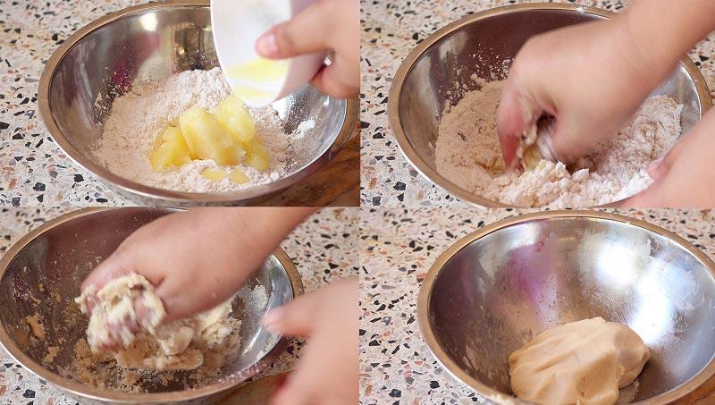 ขนมเปี๊ยะไส้ถั่วแดงไข่เค็ม