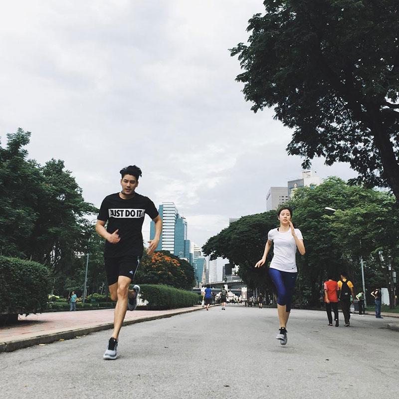 คู่รักดาราออกกำลังกาย