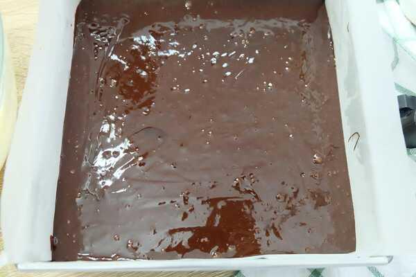 บราวนี่สตรอว์เบอร์รีชีสเค้ก